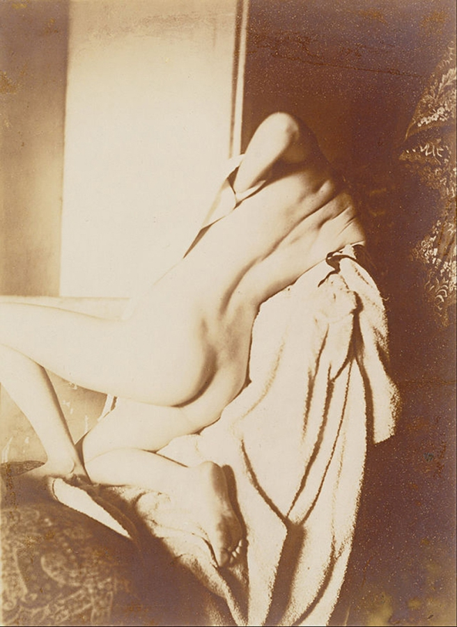 Degas woman drying her back.jpg